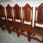 Many lots of Victorian and other furniture