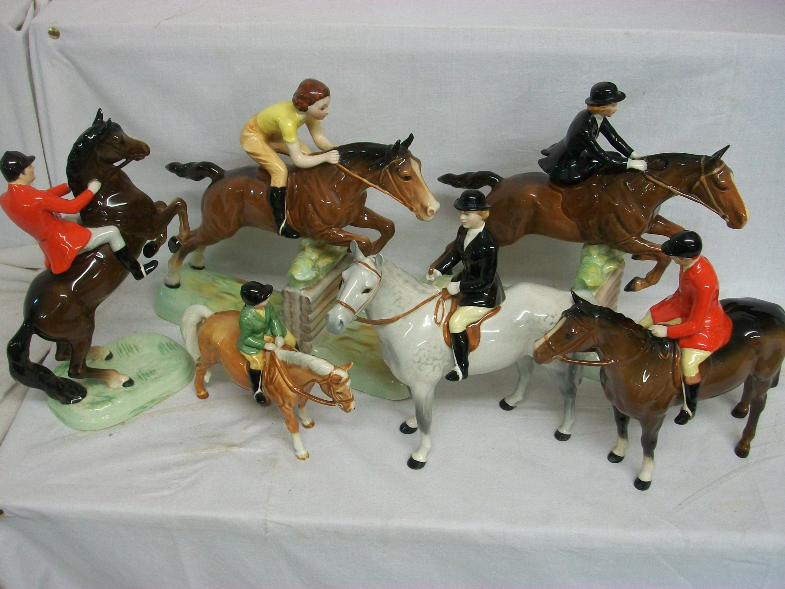 Unique Auctions Lincoln Auctioneers Beswick Horse