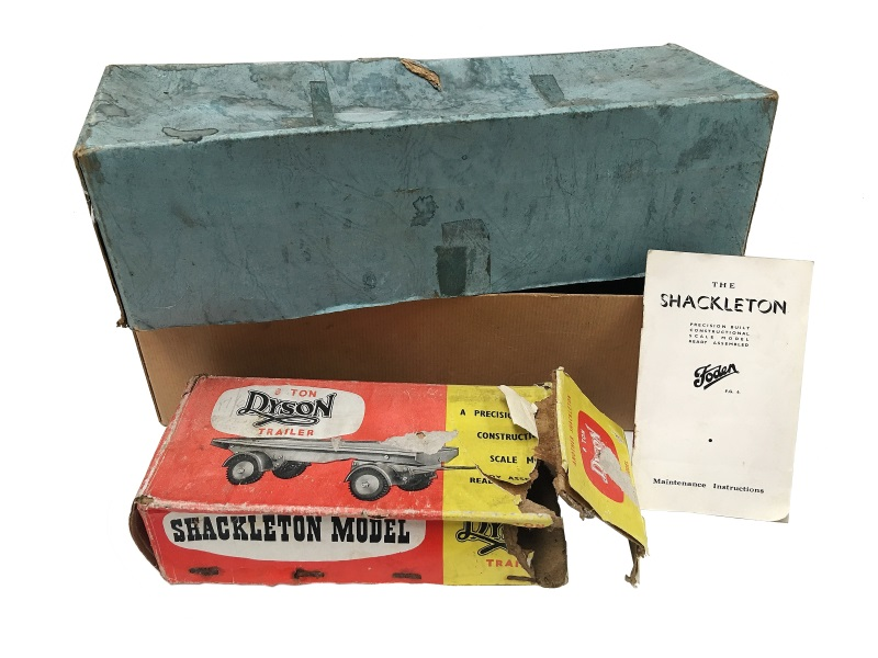 Shackleton Foden with box