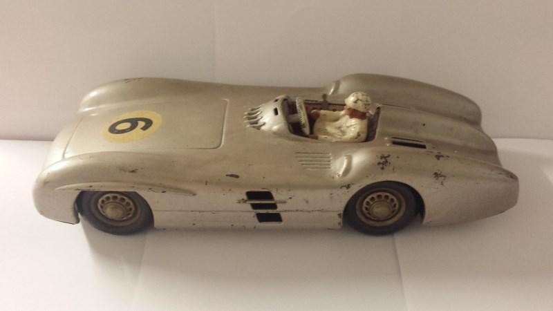 Mercedez Benz Battery Racing Car