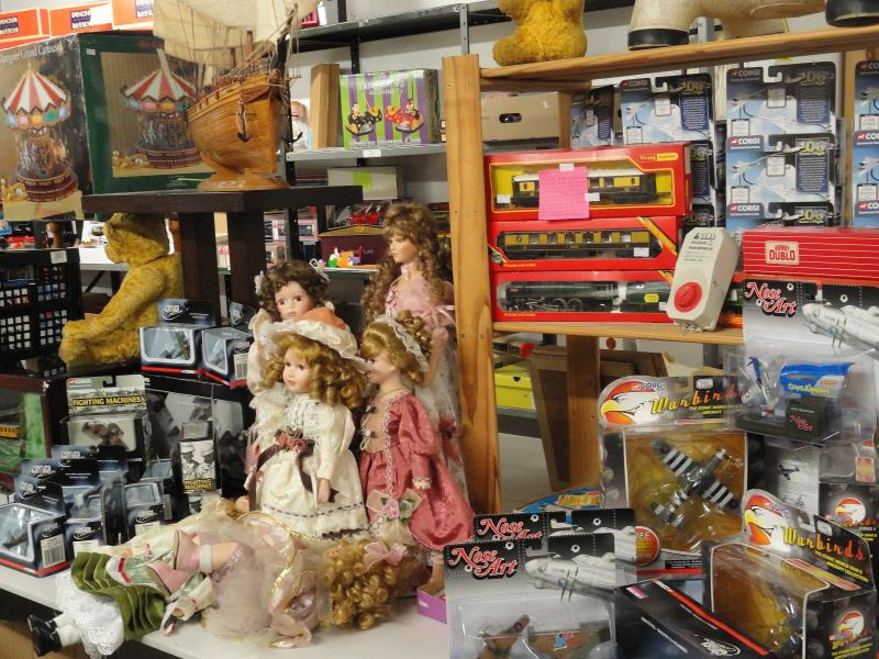 Antique & Collectors Auction including Toys & Trains Saturday 8th & Sunday 9th December