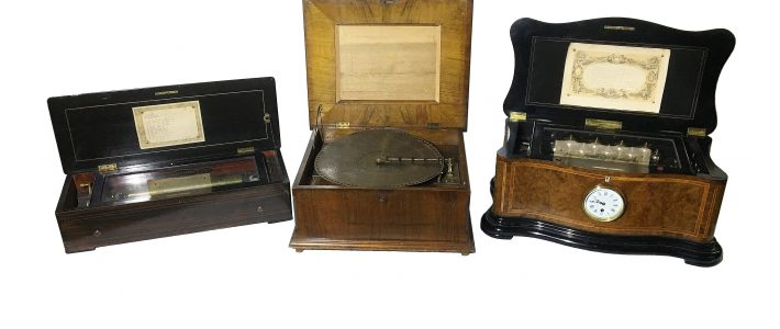 Musical boxes in New Years Day Auction 2019