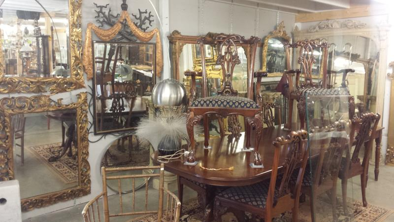 Mirror Mirror on the Wall Unique Auctions has them all