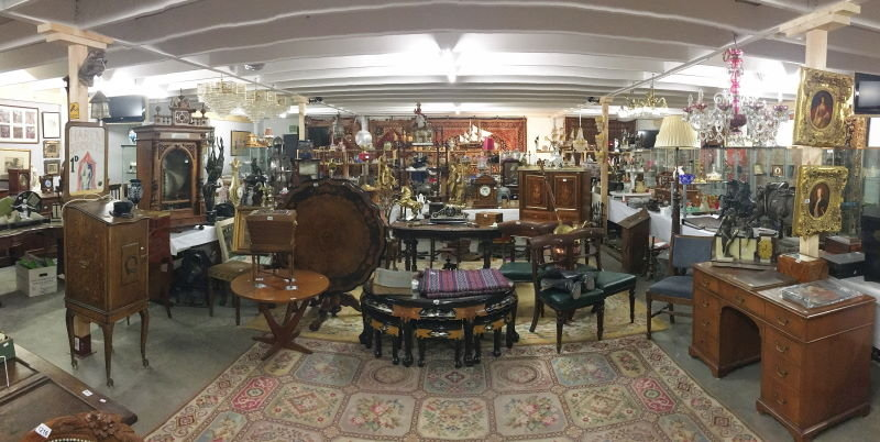 new years day 2019 sale auction room