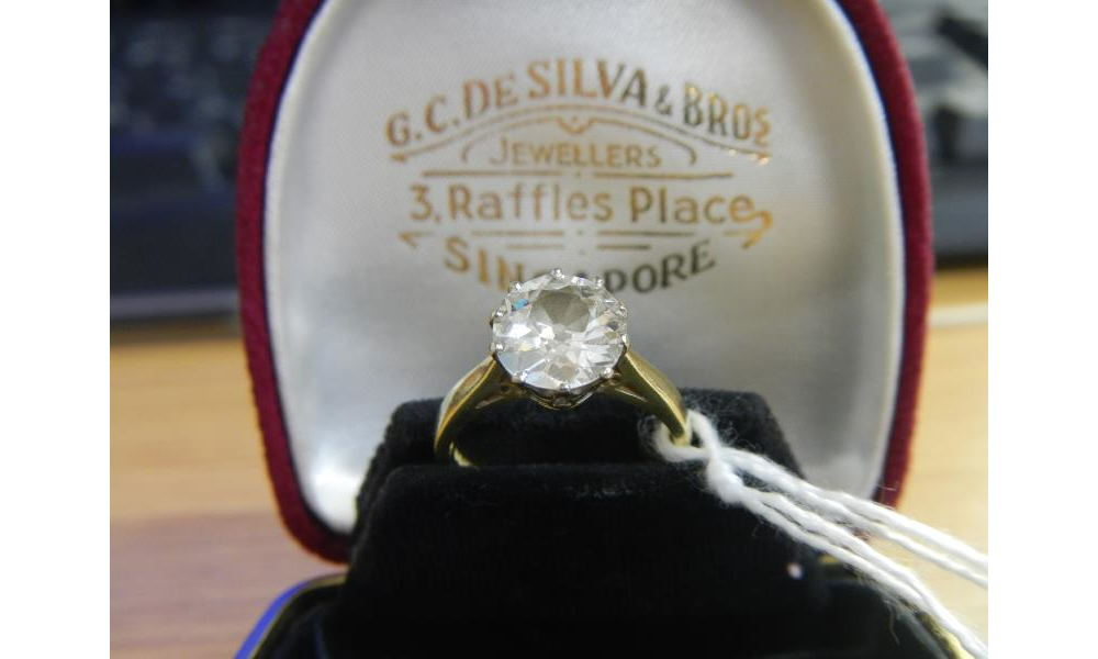 diamond ring at auction
