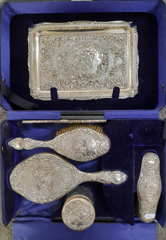 fine silver dressing table set