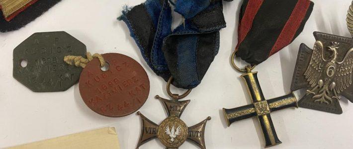 Rare Polish War Order of Virtuti Militari medal